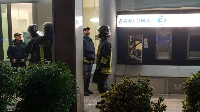 Esplosione bancomat