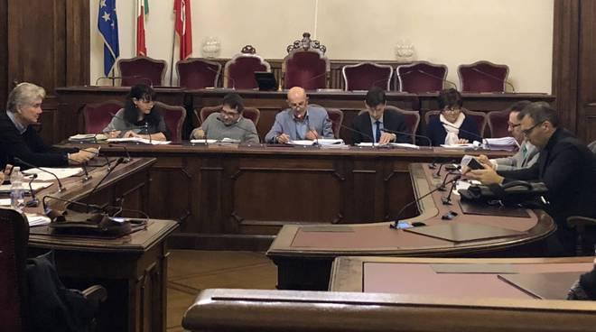La commissione con l'assessore Passoni