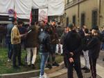 La manifestazione dei Si Cobas davanti alla Prefettura