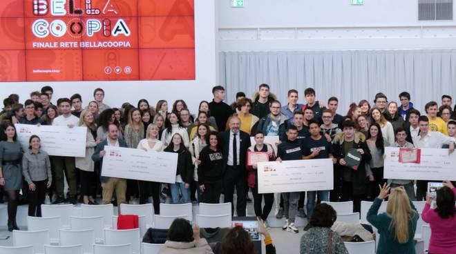 La premiazione del concorso Bellacoopia