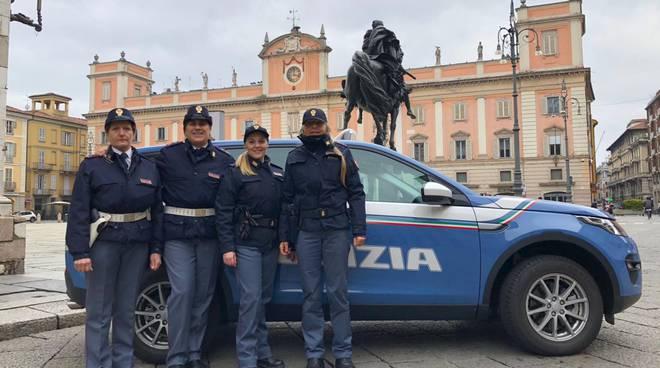 Polizia in piazza