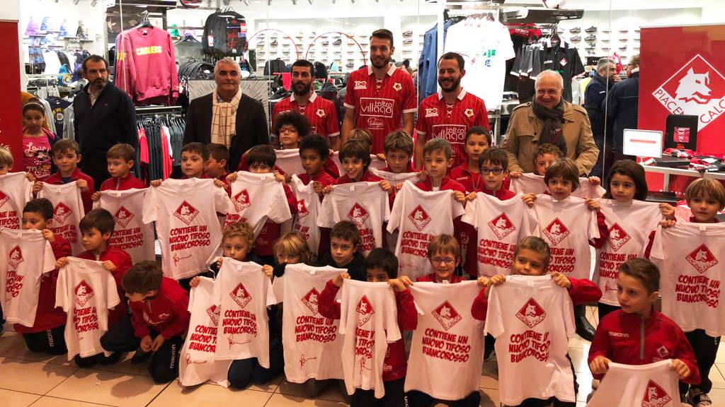 Presentazione maglietta del Centenario Piacenza Calcio