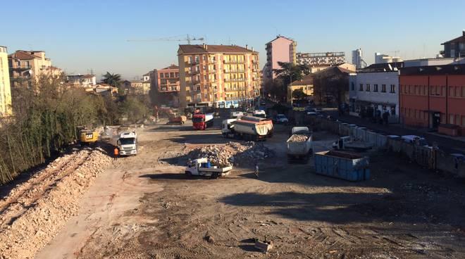 Area ex Mazzoni la demolizione e i lavori
