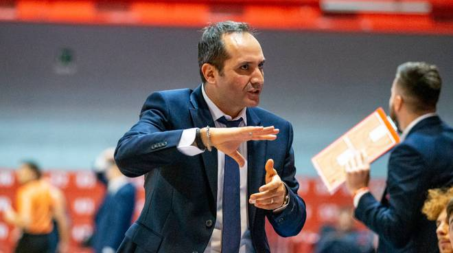 coach Di Carlo Bakery