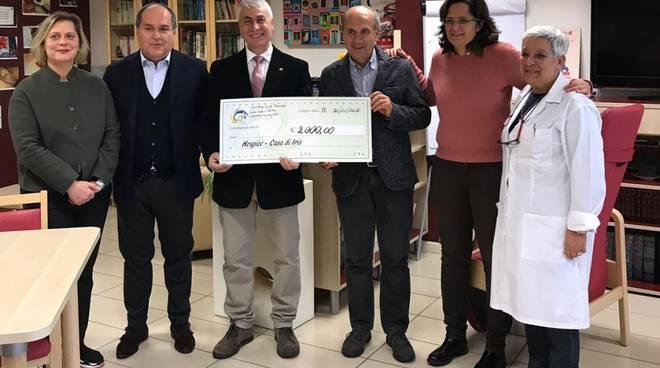 Il Rotary Club Valli Nure e Trebbia consegna il Service a Casa di Iris