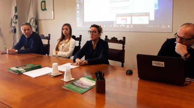 Il tavolo dei relatori in Confagricoltura