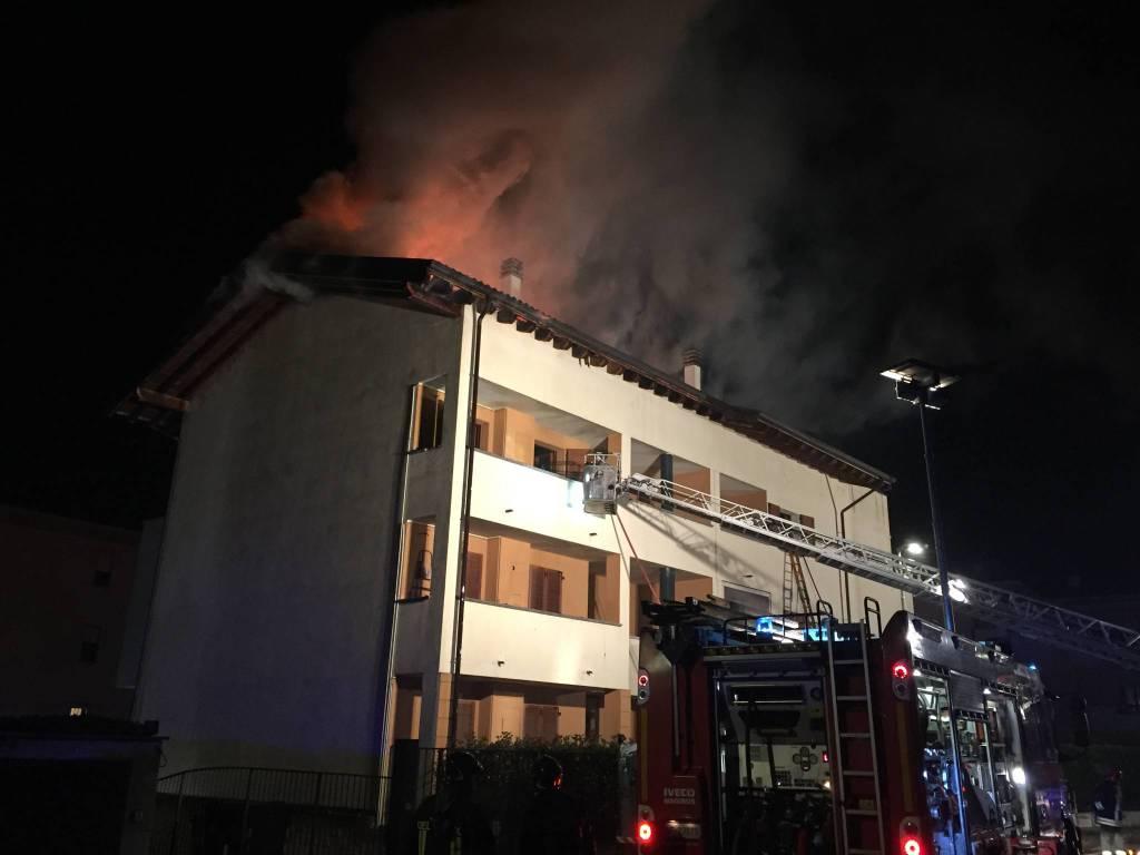 Incendio a San Nicolò nella notte del 1 dicembre