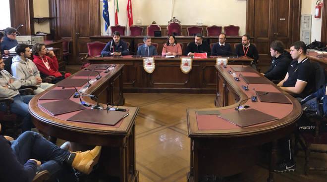 La presentazione dell'iniziativa dell'associazione Bottigelli