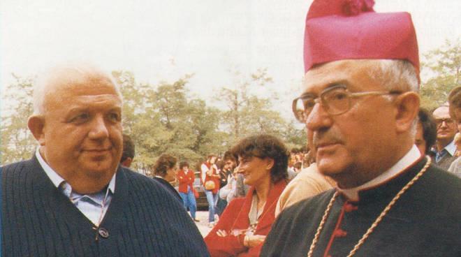 Monsignor Manfredini insieme a don Vittorione