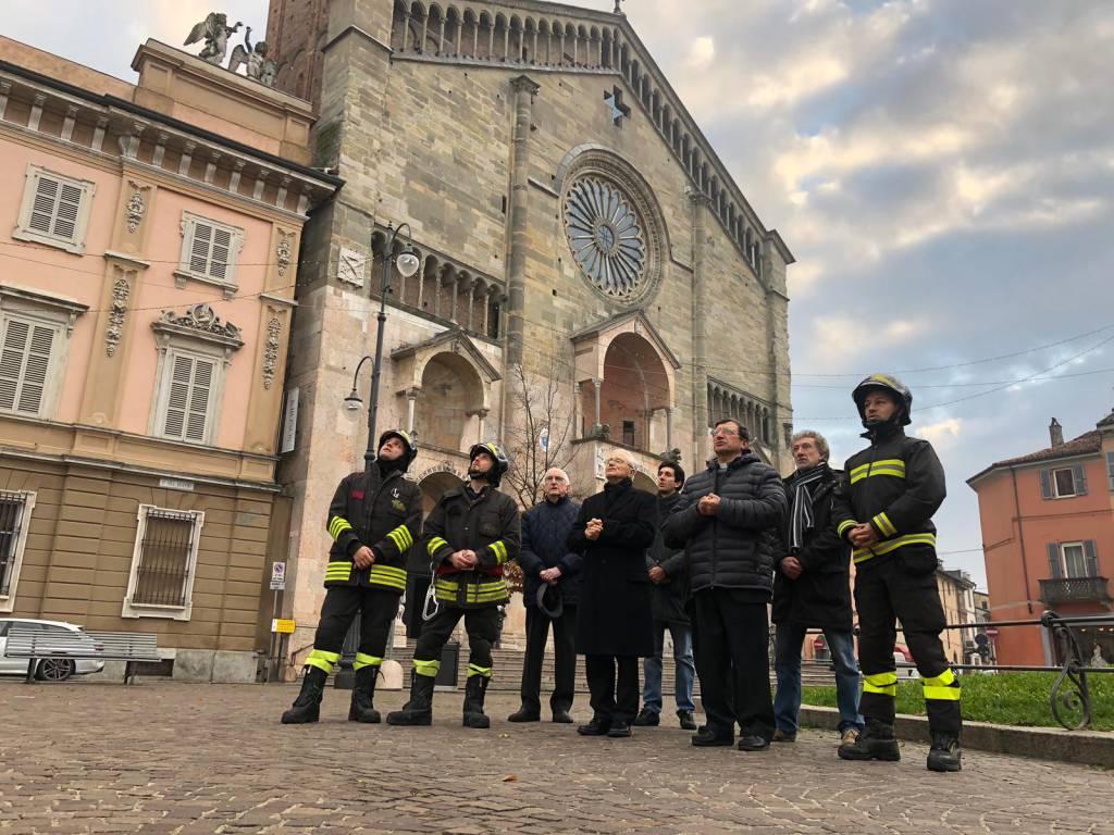 Vigili del Fuoco omaggio alla Madonna