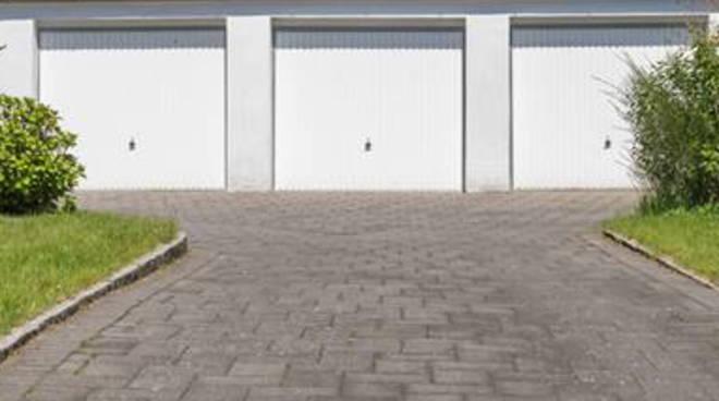 Box auto a piacenza quotazioni in lieve calo in centro for Box auto richiudibile prezzi