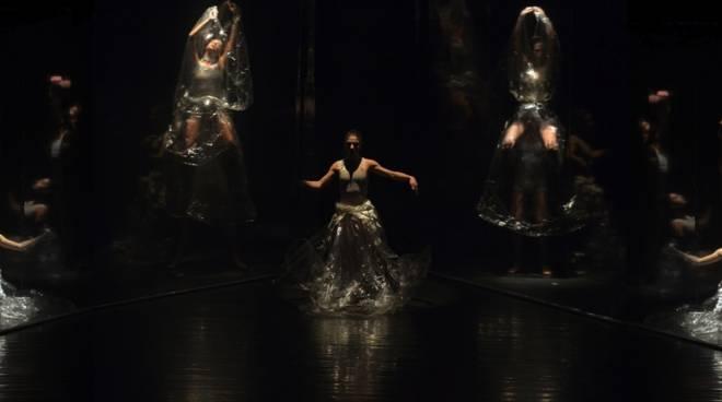 INDACO e gli illusionisti della Danza