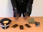 Lo stupefacente sequestrato dai carabinieri