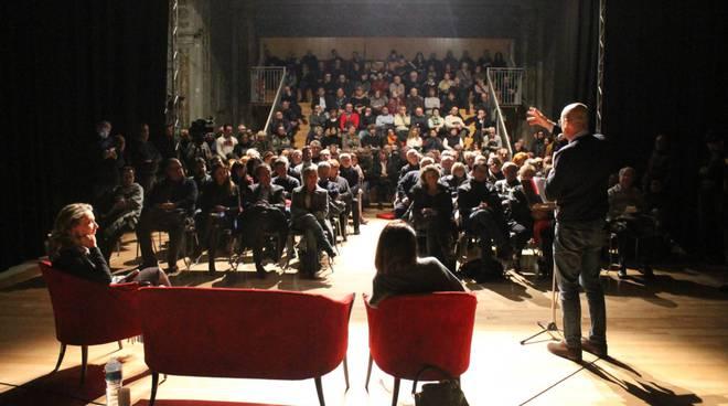 Nicola Zingaretti al Teatro Gioia