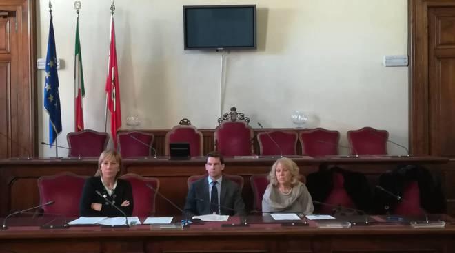presentazione bando contributi alle scuole e al terzo settore, presentazione dei progetti