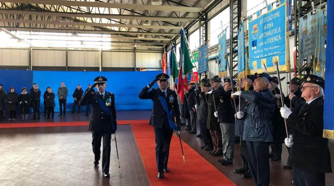 Cambio della guardia al comando dell'aeroporto di San Damiano