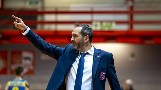 Coach Gennaro Di Carlo