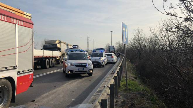 incidente in tangenziale sud