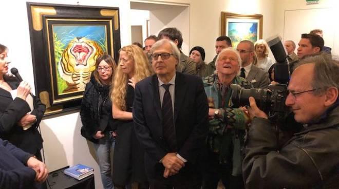 Sgarbi inaugura la mostra di Ligabue