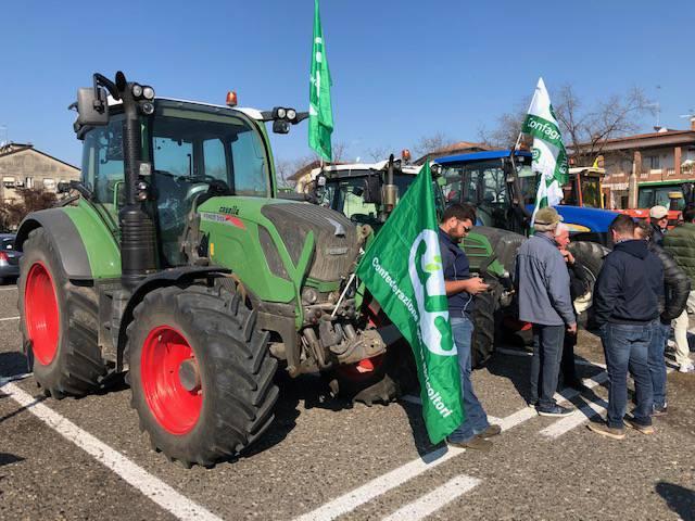 La protesta dei trattori arriva in città