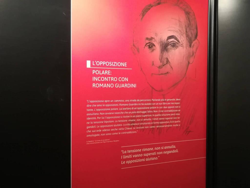"""Mostra """"Gesti e parole. Jorge Mario Bergoglio, una presenza originale"""" a Palazzo Gotico"""