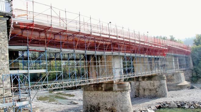 ponte di farini