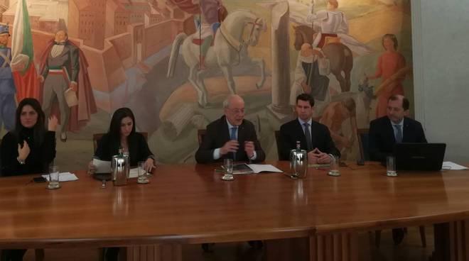 il tavolo di presentazione degli eventi per il centenario della ditta Carlo Ponzini