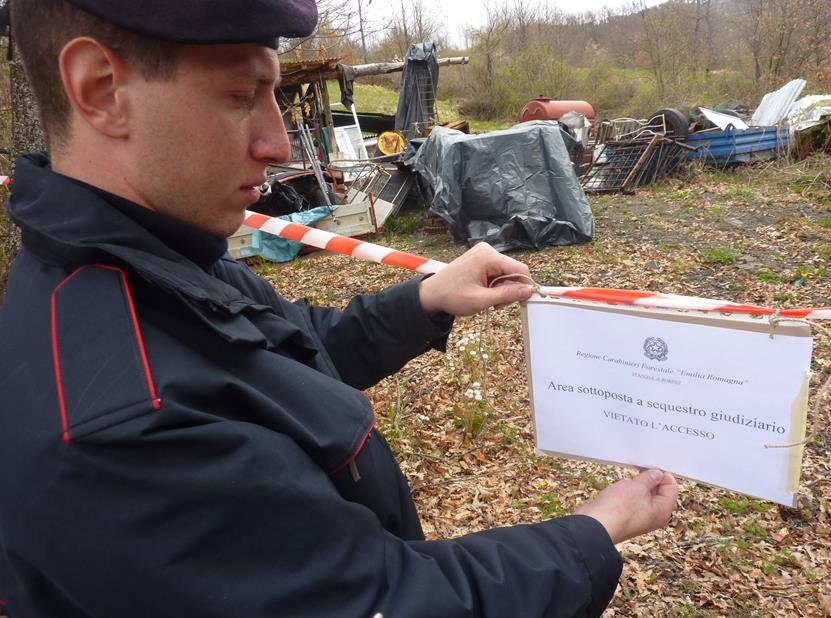 Carabinieri Forestali discarica Val Trebbia