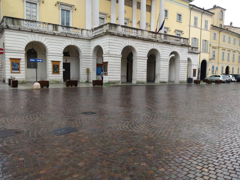 I nuovi arredi urbani nelle vie di Piacenza