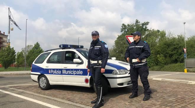 Polizia Municipale posto di blocco