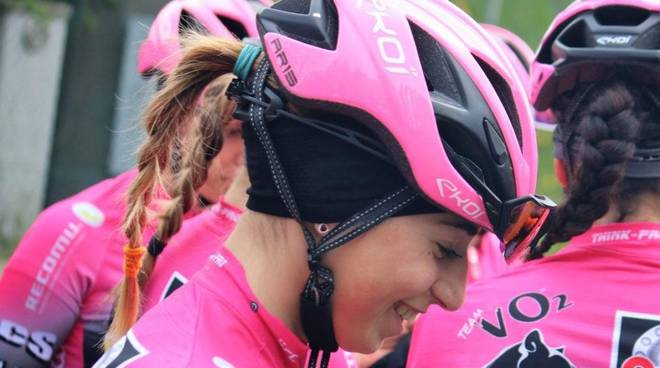 sofia collinelli VO2 team pink