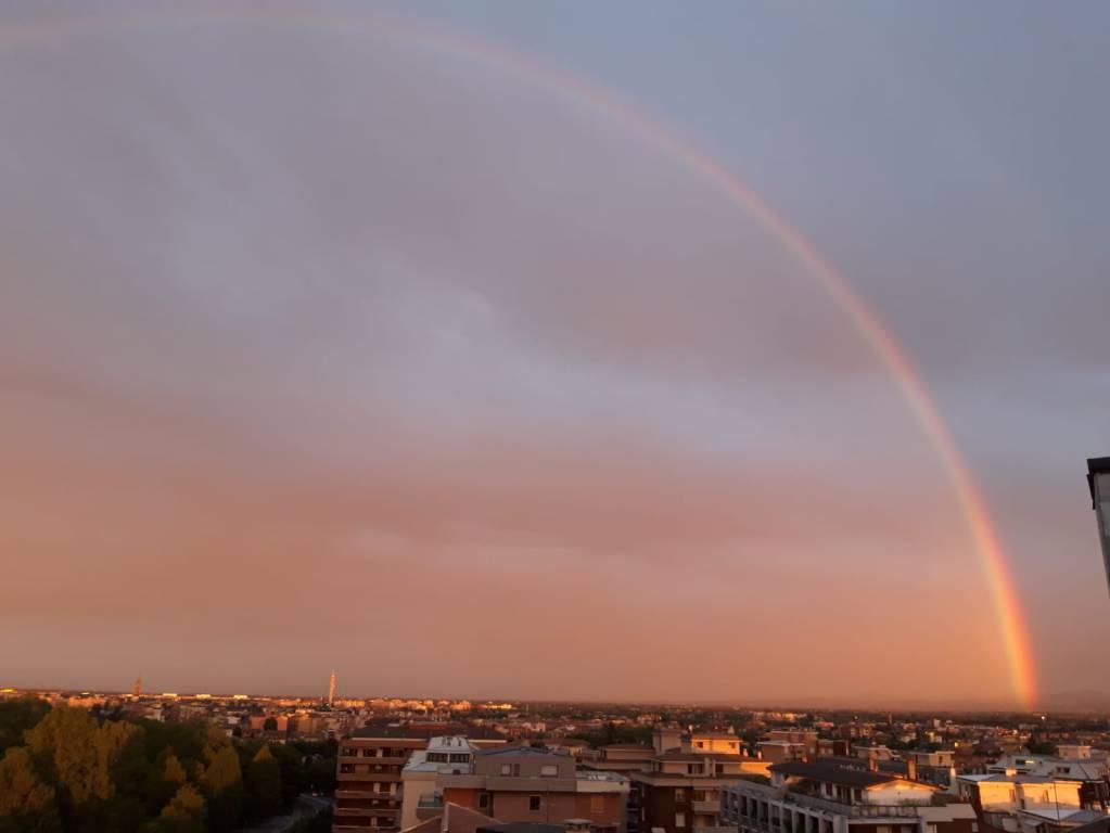 arcobaleno a Piacenza maggio 2019