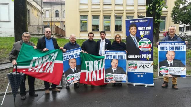 banchetto Forza Italia Fiorenzuola