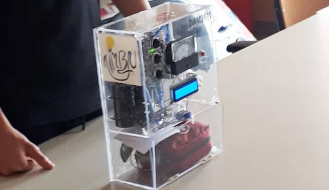 Il defibrillatore a basso costo progettato dai giovanissimi studenti