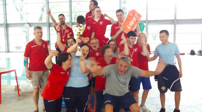 La squadra di nuoto dello Special Dream Team