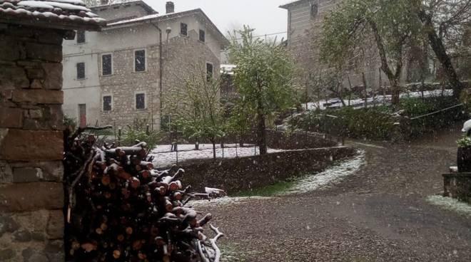 Neve a Oneto maggio 19