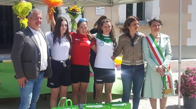 podio allieve vo2 team pink a loria