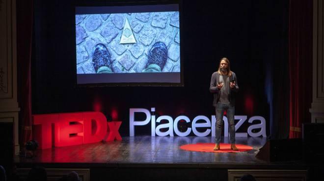 claudio pelizzeni tedxpiacenza foto credits: Michele Costa per TEDx Piacenza