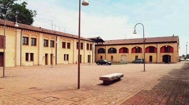 Piazza ex scuderie Pontenure