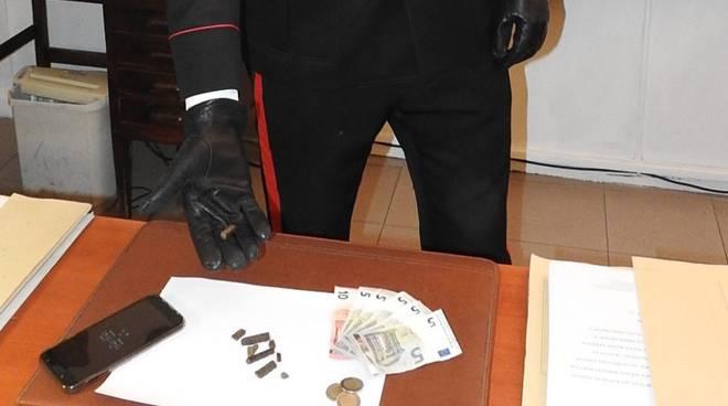spaccio carabinieri Levante