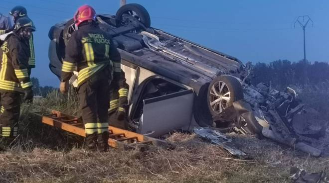 auto ribaltata a Tuna incidente