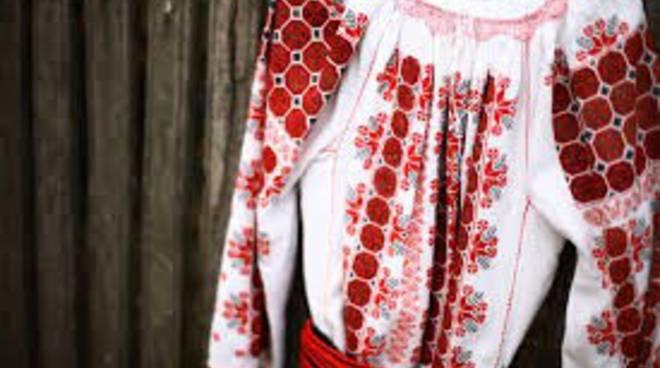ia camicia tradizionale