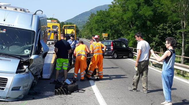 incidente camper a Rivergaro