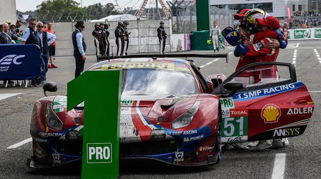 La Ferrari che ha trionfato a Le Mans (Foto Facebook AF Corse)