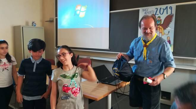 """La premiazione dei vincitori del concorso """"Basi Aperte"""" con gli scout di Piacenza"""