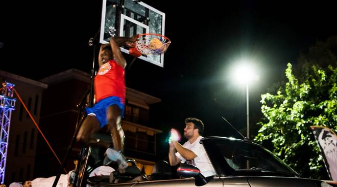 DKB Darwin Knew Basketball