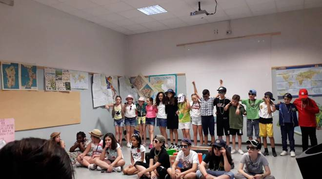 Spettacolo scuola De Gasperi con i Modena City Ramblers