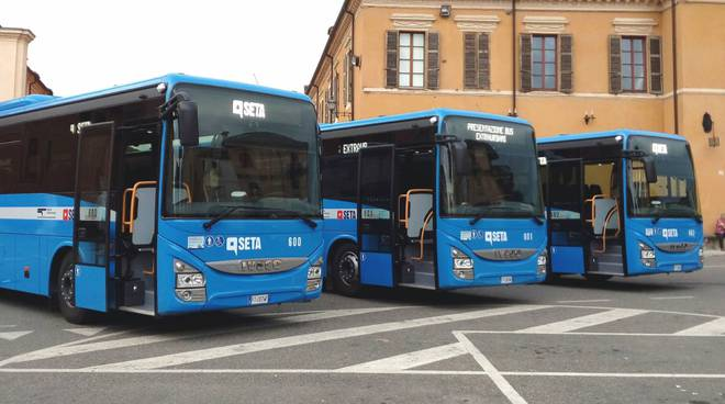 I nuovi bus Seta presentati a Carpaneto