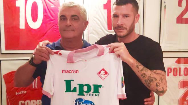 Mattia Corradi con il vicepresidente Pighi