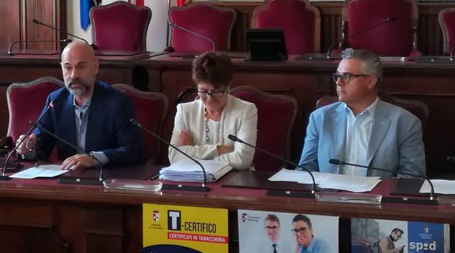 Roberto Gerardi, Elena Baio e Paolo Mancioppi, presentazione nuovi servizi online per i cittadini